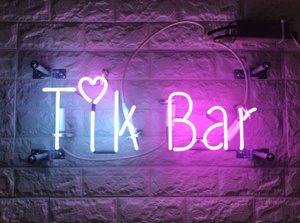 Tik Bar ネオン管 オリジナル 職人