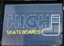 スケートボード オリジナルネオンサイン 池袋