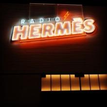 RADIO HERMES 原宿 オリジナルネオンサイン